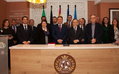 El Colegio Oficial de Médicos acoge la toma de posesión de su nueva Junta Directiva