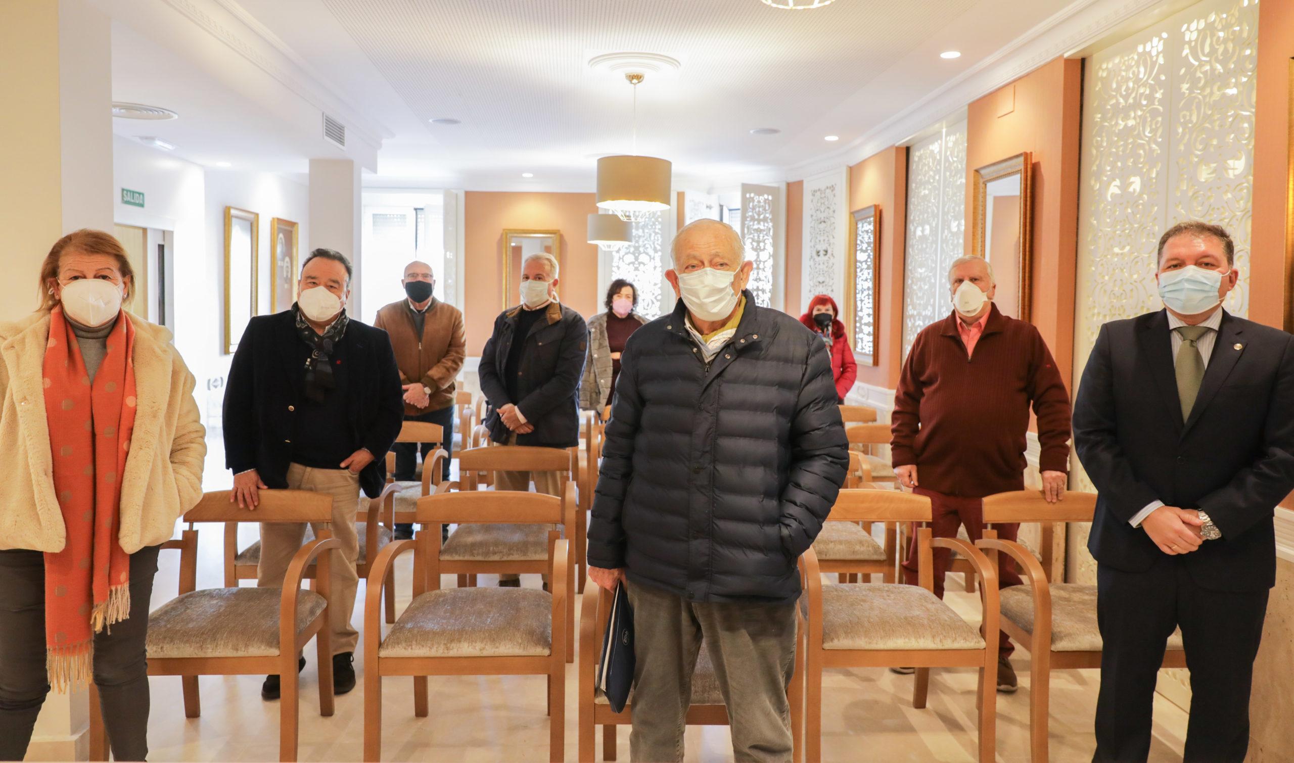 Colegio de Médicos de Ceuta jubilados voluntarios